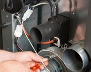 maintenance-depannage-poeles-granules-bois-buches-mixtes